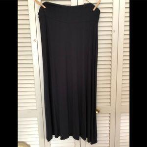 Merona XXL SUPER SOFT Black skirt
